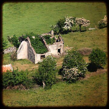 Cottage by RedShedArt