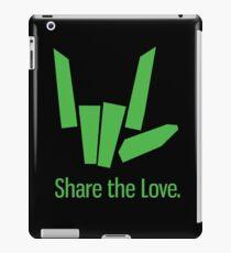 Teilen Sie die Liebe, die Kleid neigt iPad-Hülle & Klebefolie