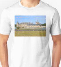 Chateau de Chantilly (1560) T-Shirt