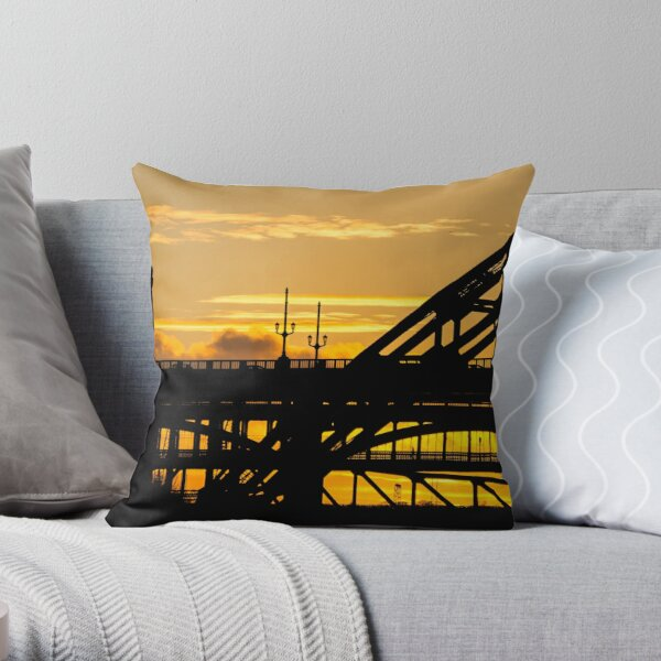 Tyne Bridge Sunset Throw Pillow
