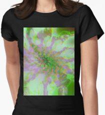 Fraktal Soft Green Tailliertes T-Shirt für Frauen