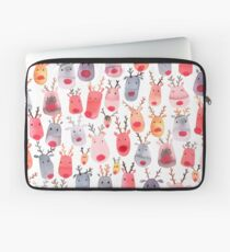 Reindeers - Animal cuteness - Winter watercolor pattern - Rudolph Laptop Sleeve
