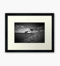 Durdle Door beach, Dorset Framed Print