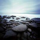 Iluka Rocks by Sue Hammond
