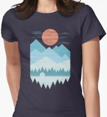 Camiseta entallada para mujer Cabaña en la nieve
