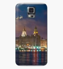 Santa's Sleigh over the Liverpool Waterfront Case/Skin for Samsung Galaxy