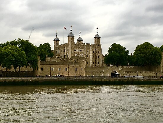 Tower of London by suitcaseofbks