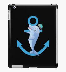 Dolphin Over Anchor Cute Cartoon ocean Beach Gift iPad-Hülle & Klebefolie