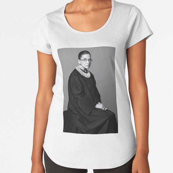 Ruth Bader Ginsburg Camiseta premium de cuello ancho