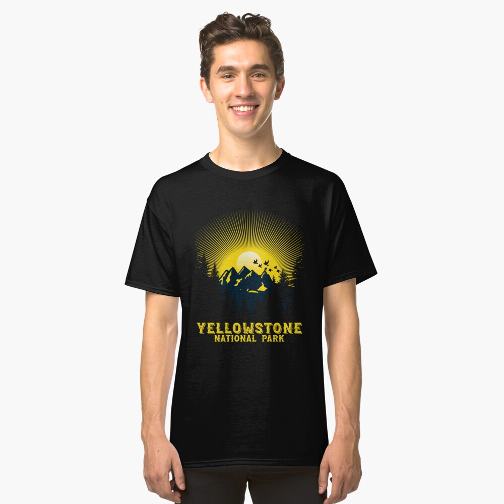 'Yellowstone National Park' National Park Animal  Classic T-Shirt Front