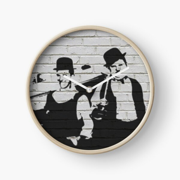 Whitewall Graffiti: Laurel & Hardy Clock