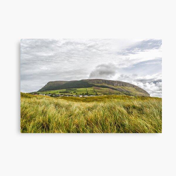 Knocknarea Mountain, Sligo, die Nordseite von Strandhill Beach Leinwanddruck