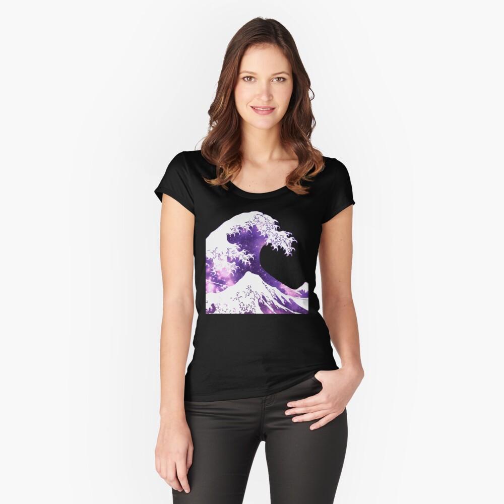 Große Welle Tailliertes Rundhals-Shirt