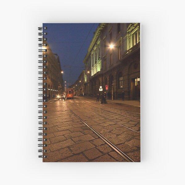 Per le vie di Milano di sera Spiral Notebook
