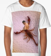 scorpion man Long T-Shirt