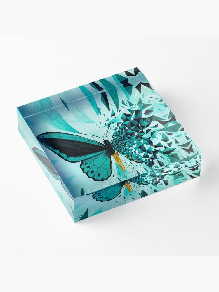 Vista alternativa de Bloque acrílico Explosión geométrica mariposa verde