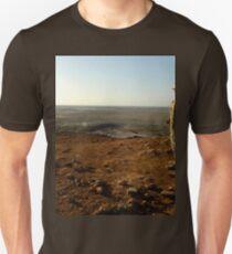 an inspiring Iraq landscape Unisex T-Shirt