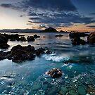 Taputeranga island shallows by Ken Wright