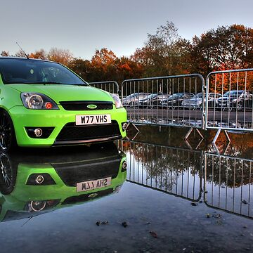 Reflection of the Green Machine by ViczS