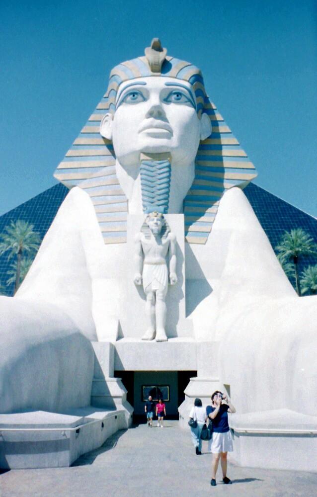 Vegas Sphinx by rlh1973
