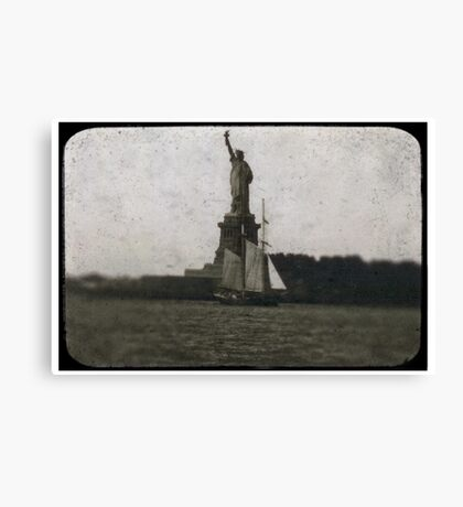 statue of liberty post card Canvas Print