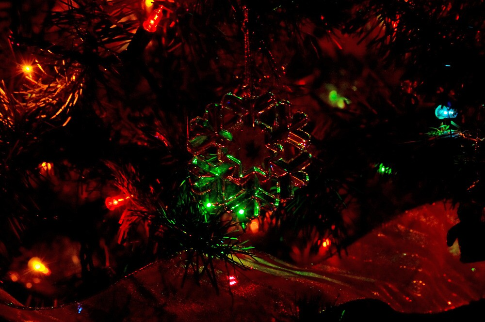 Snowflake... by OrbitofGlass