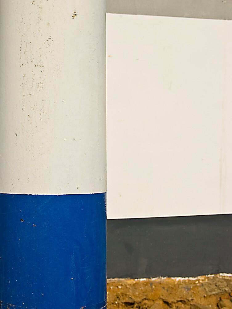 the blue pole by marcwellman2000