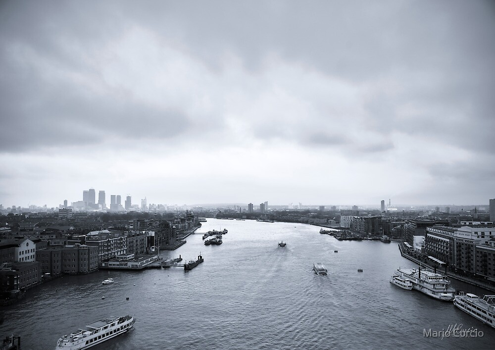 London Cityscape by Mario Curcio
