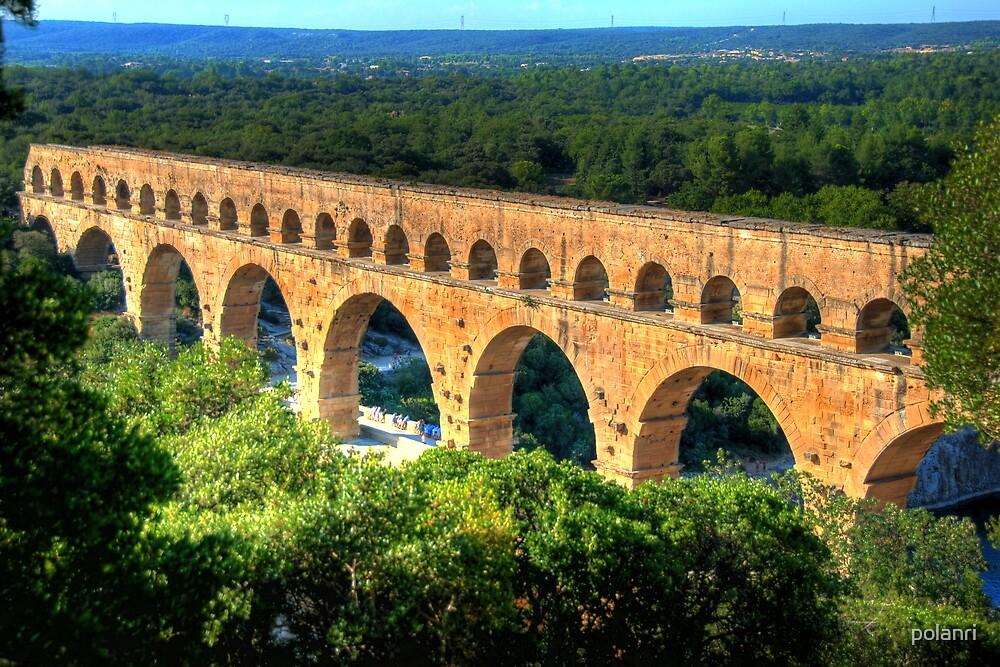 Pont du Gard by polanri