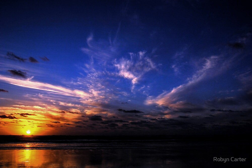 Sunset at Kareotahi Beach by Robyn Carter