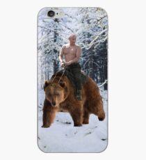 Putin auf einen Bären iPhone-Hülle & Cover