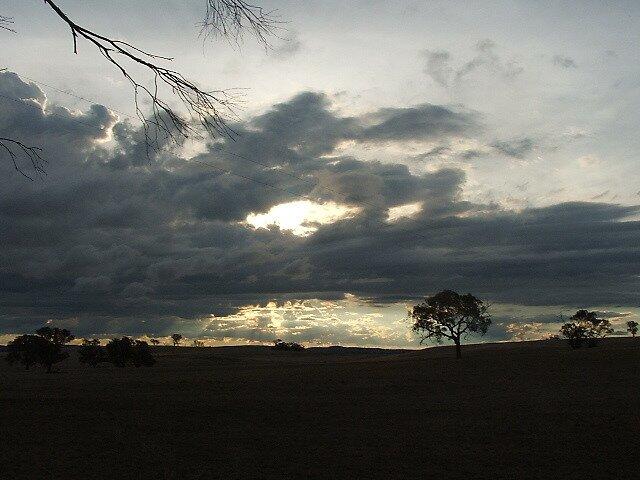Boomey Hills sunset.d by shaldema1