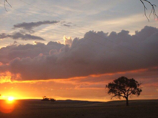 Boomey Hills sunset.g by shaldema1