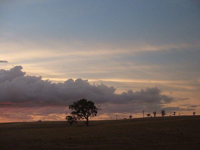 Boomey Hills sunset.l.3 by shaldema1