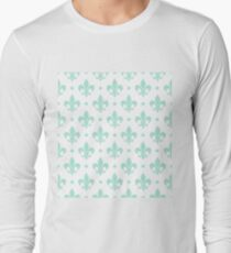 Mint Fleur de Lis on white background T-Shirt