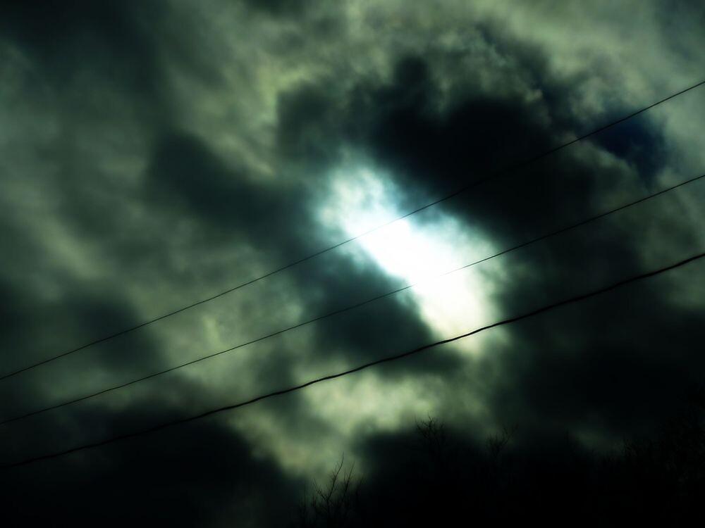 Decembre Sky; Part four. by NevadaCaitlyn
