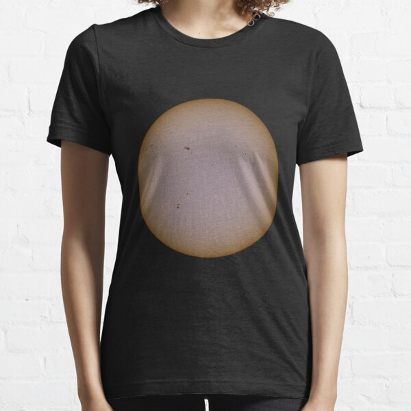sun Essential T-Shirt