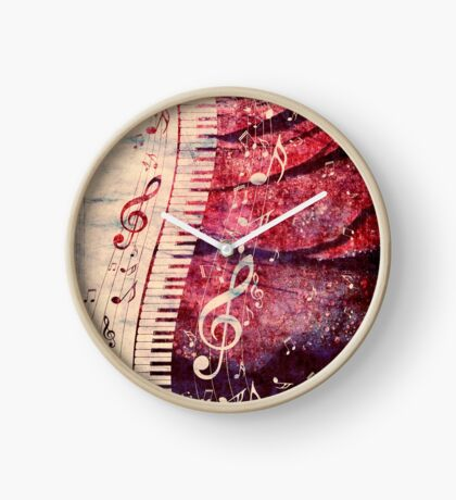 Klaviertastatur mit Musiknoten Grunge Uhr