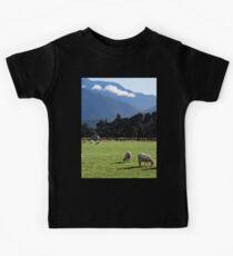 a beautiful New Zealand landscape Kids Clothes