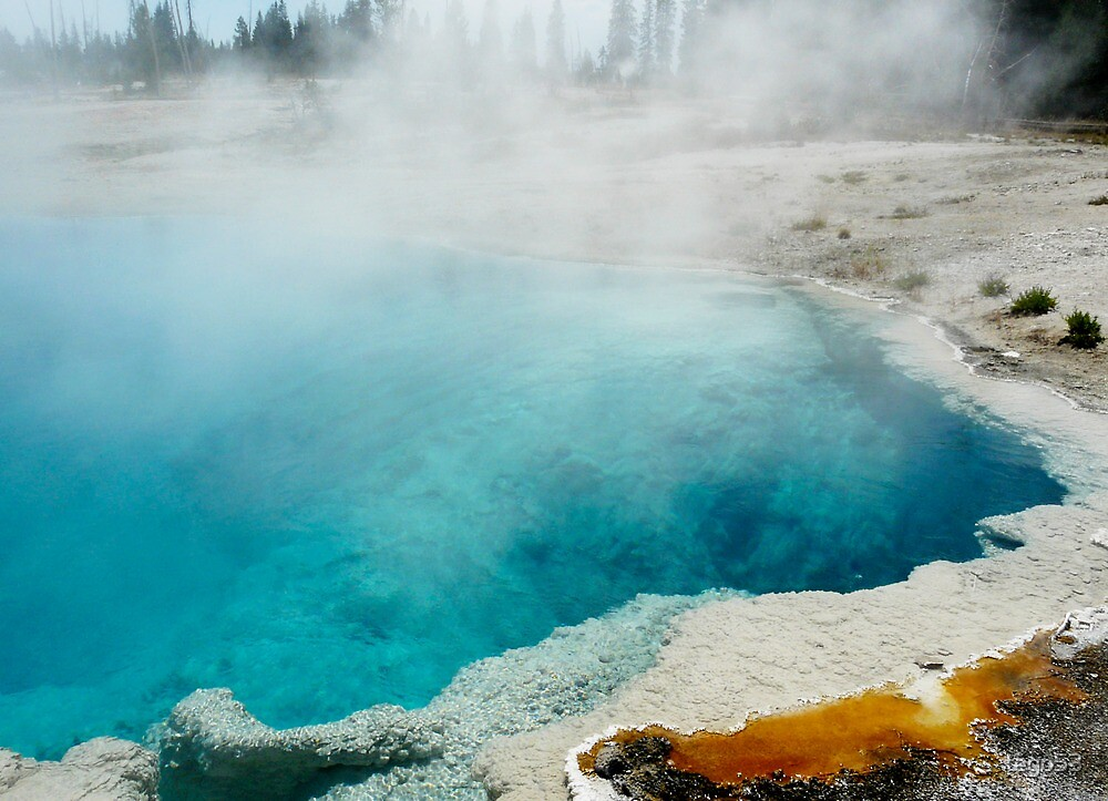 yellowstone hot spring by tego53