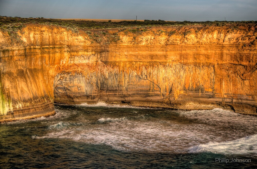 Endurance - Great Ocean Road - The HDR Experience by Philip Johnson