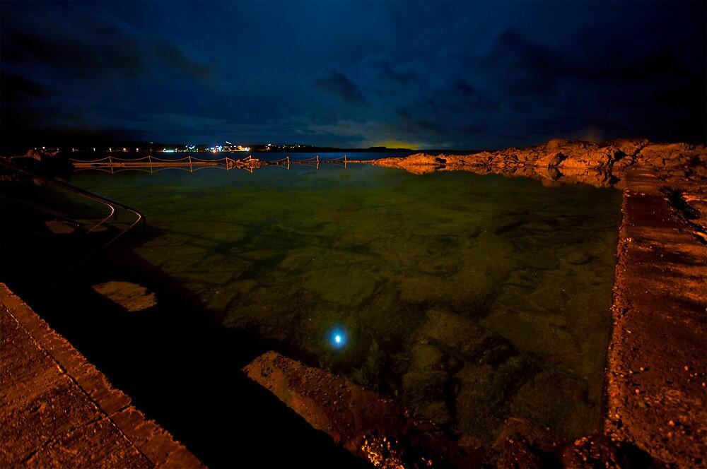 Kiama Rocky after Dark by Tim Richardson