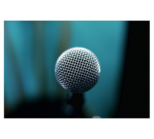 Mic Check by Ig22