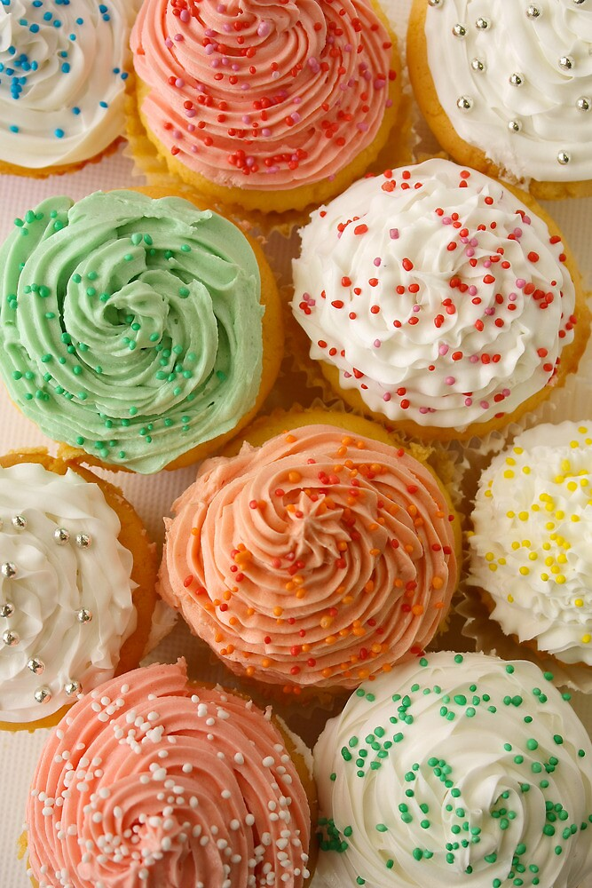 Lots of cupcakes by Framed-Photos