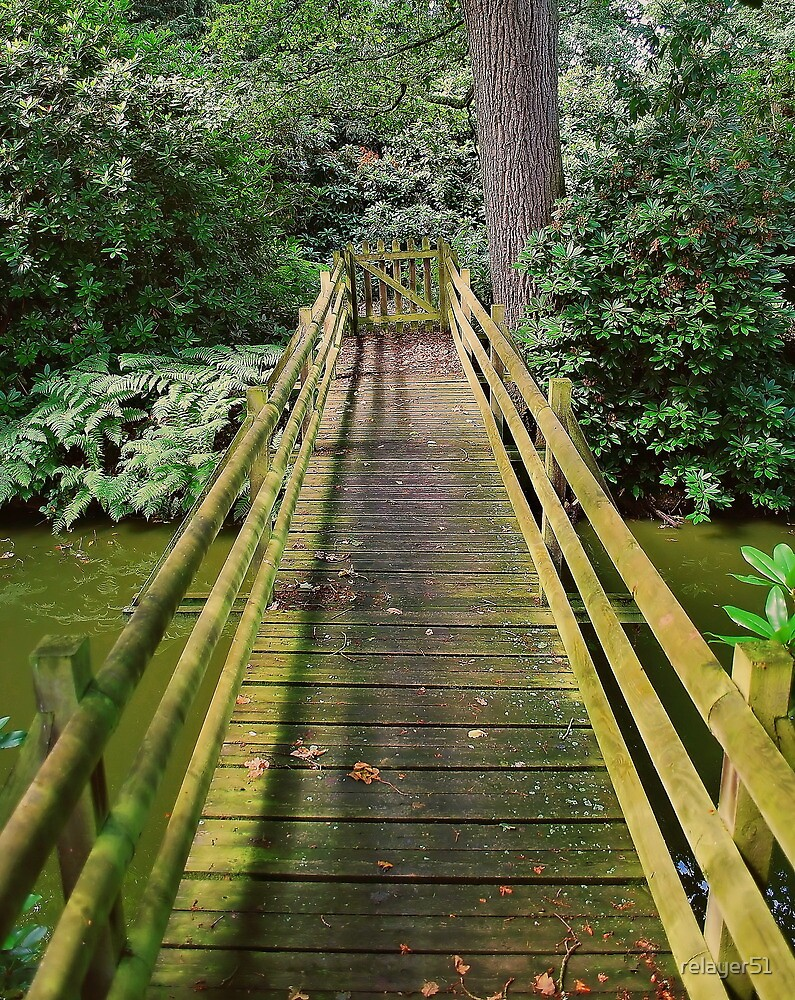 The old bouncy bridge by relayer51