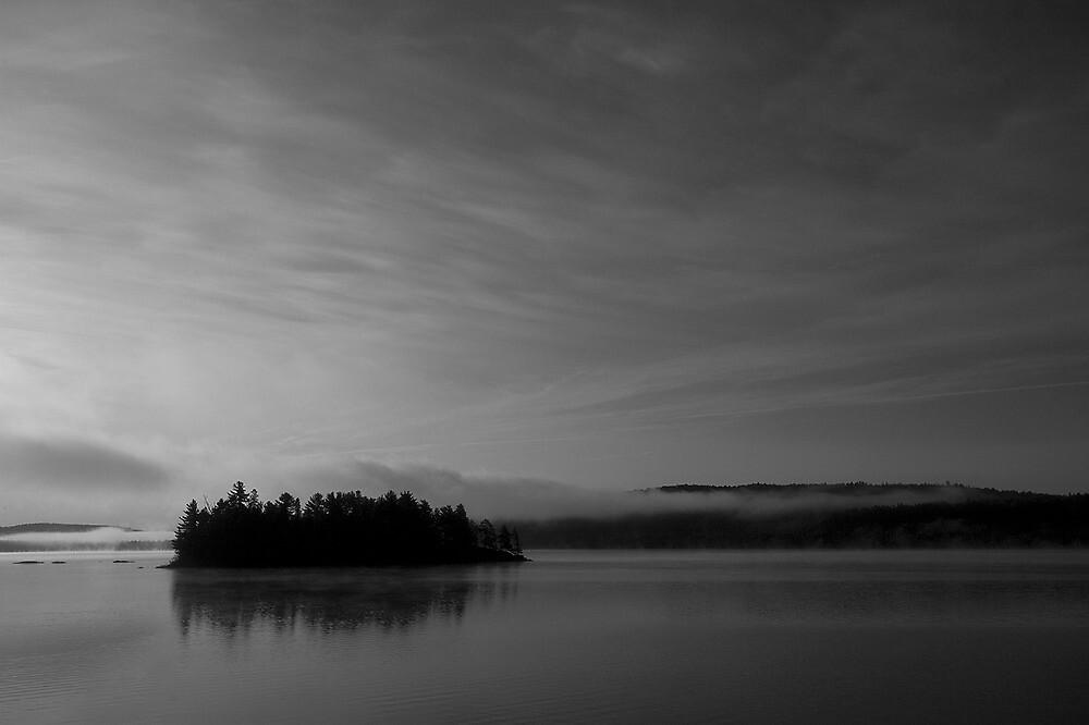 Misty Cache Lake - Algonquin Provincial Park by cheeling70