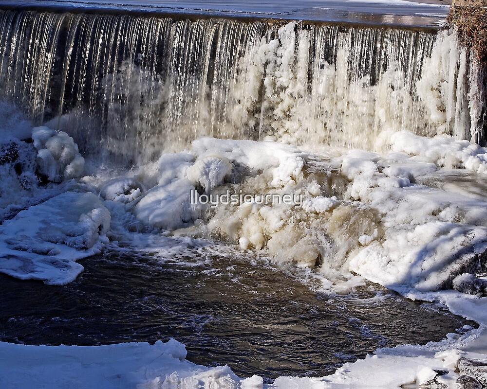 Stroudwater Falls by lloydsjourney