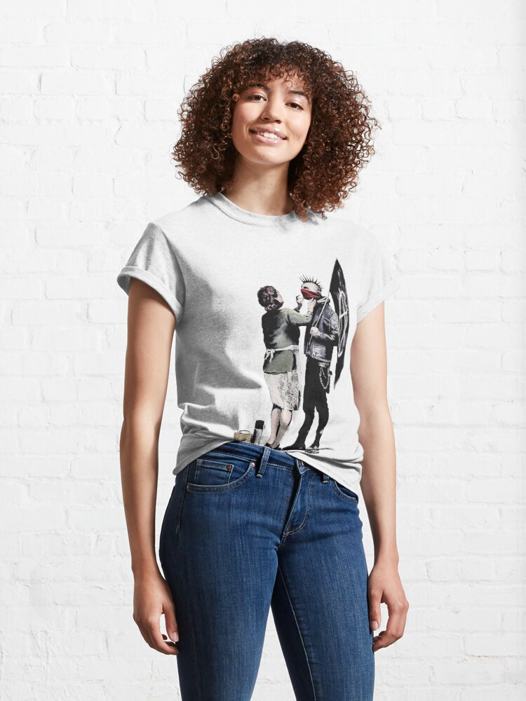 Alternate view of Banksy graffiti mom and punk with anarchist flag Protest Don't forget to eat your lunch and make some trouble quote on beige and white background HD HIGH QUALITY ONLINE STORE Classic T-Shirt