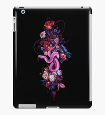 Eve_fiction iPad-Hülle & Klebefolie
