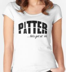 Pitter Patter Tailliertes Rundhals-Shirt